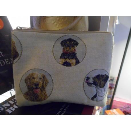 Pochette en tapisserie sur le thème du chien