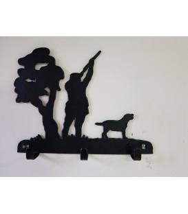 Porte-clés mural en acier représentant un chasseur et son chien