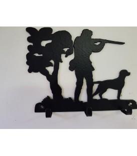 Porte-clés mural en acier représentant un chasseur et son chien en action