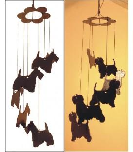 Carillon à vent décoré d'une silhouette de chat