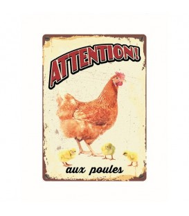 "Plaque vintage en métal ""Attention aux poules"""