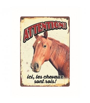 """Plaque vintage en métal """"Attention ici les chevaux sont rois"""""""